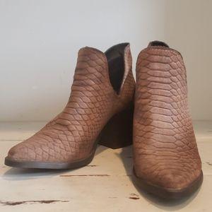 Steve madden tan suede snake embossed ankle bootie
